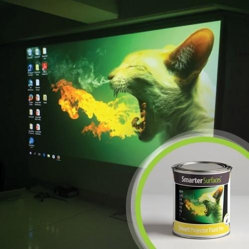 product-smart-projector-paint-pro-tin-and-in-use